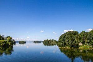 Blick auf die Inseln im Großen Plöner See