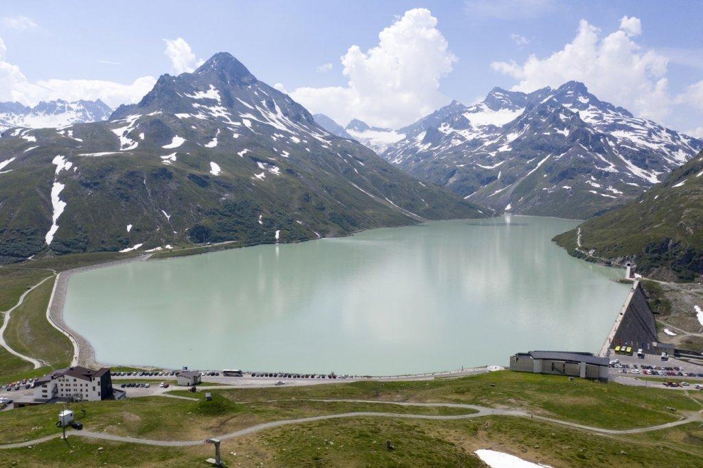 Der Silvrettastausee bietet ein sehr schönes Angelrevier.