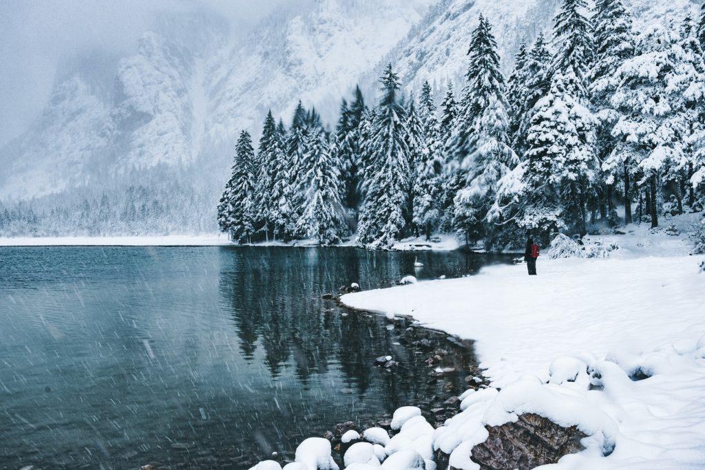 angeln winter schnee see berge